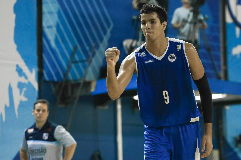 Lucas Dias, do Pinheiros