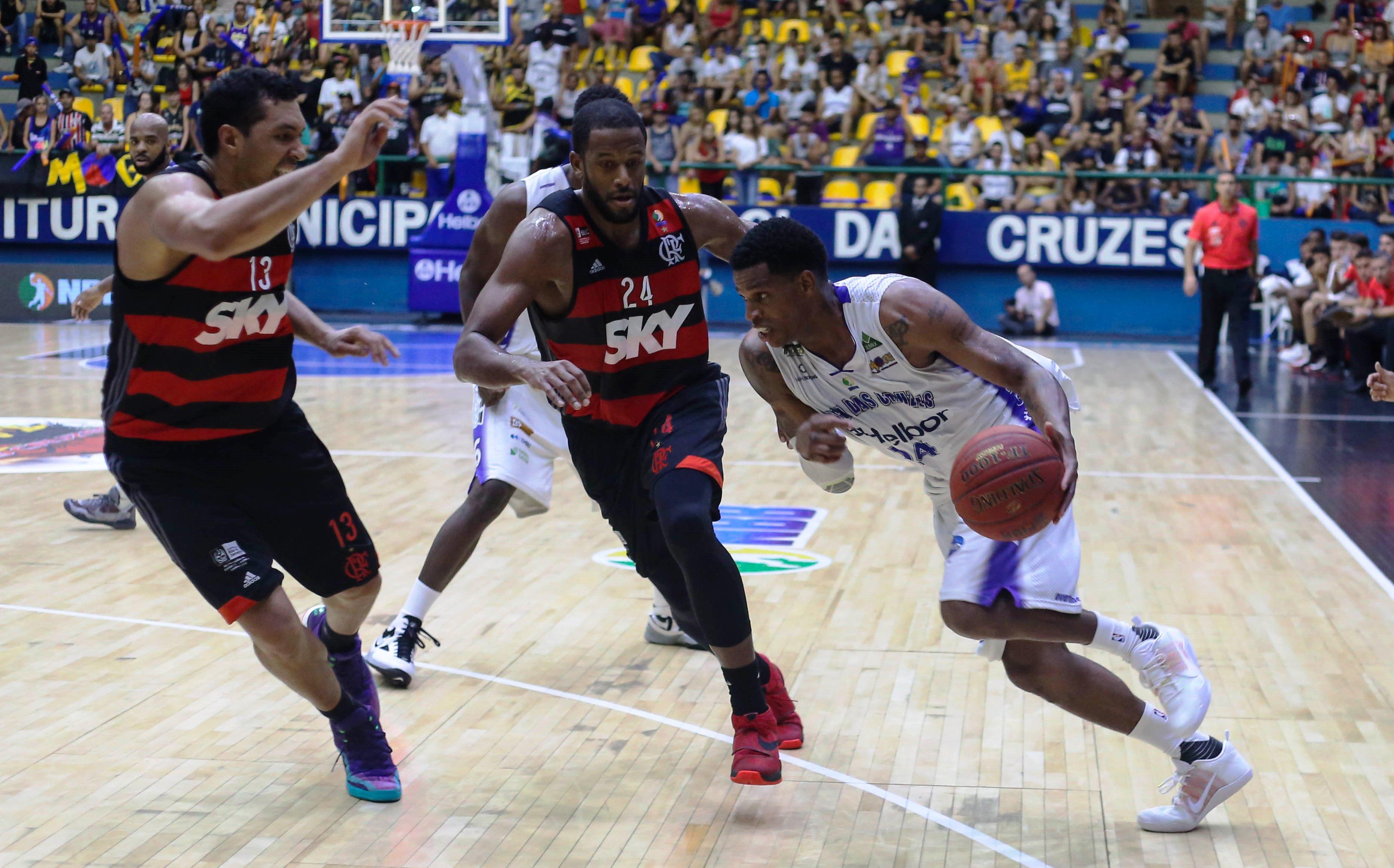 Além de vaga na Final, Flamengo e Mogi, assim como Brasília e Bauru, lutam por vaga na LDA (Alex Tavares/LNB)
