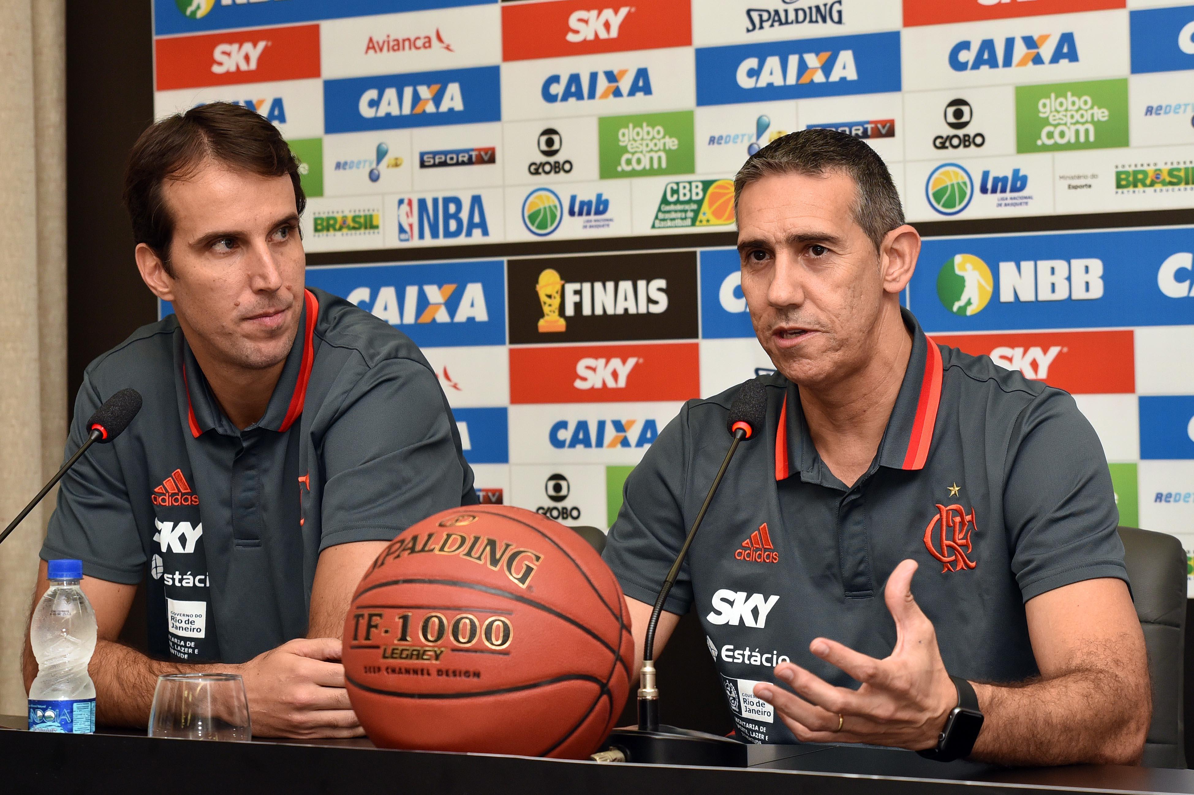 José Neto e Marcelinho Machado, do Flamengo