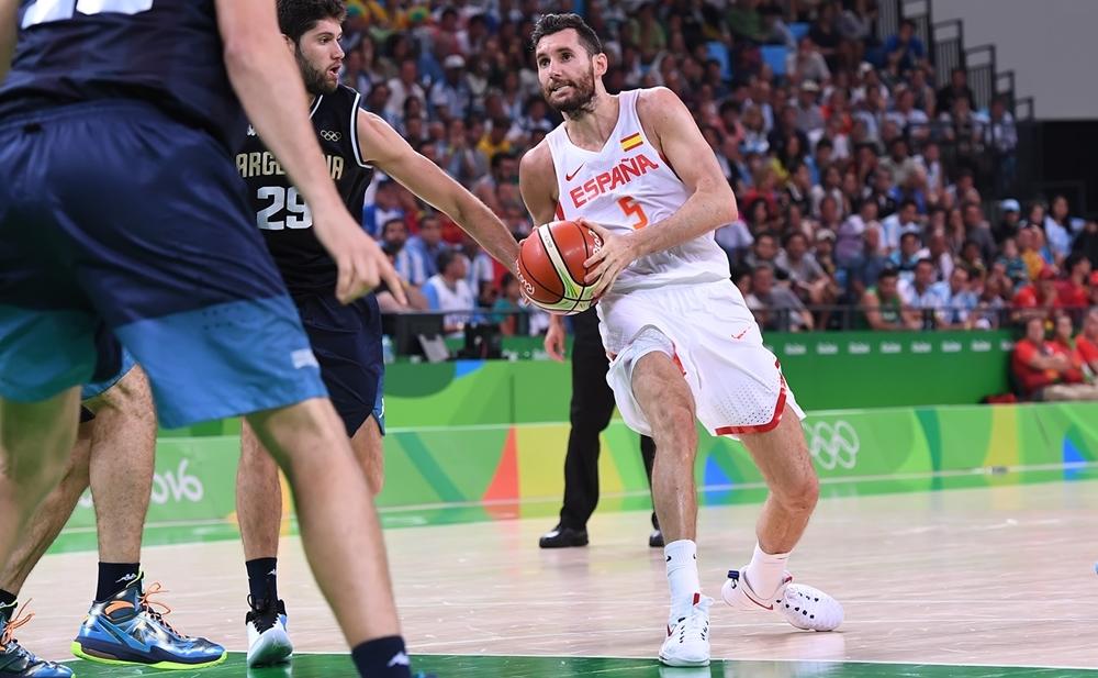 Rudy Fernandez teve grande atuação e comandou o ataque espanhol diante dos argentinos (FIBA/Divulgação)