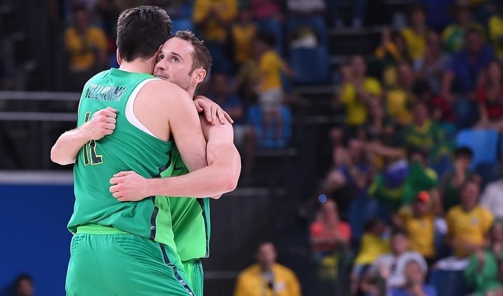 De olho na vaga: com vitória, Brasil precisa torcer por revés da Espanha para se classificar (FIBA/Divulgação)