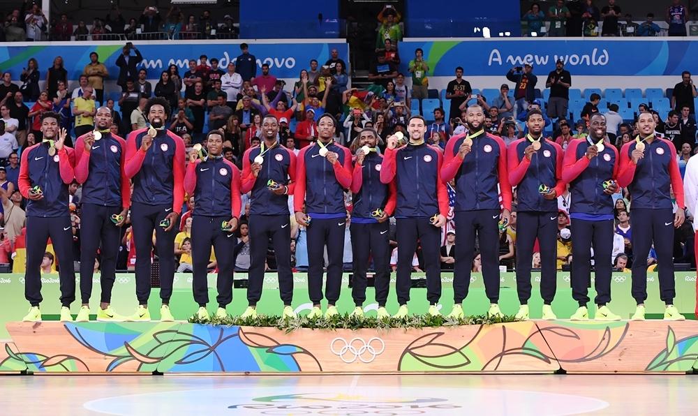 Seleção norte-americana conquistou medalha de ouro pela 15ª vez nos Jogos Olímpicos (FIBA/Divulgação)